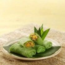 kue-dadar-gulung-isi-enten-jagung