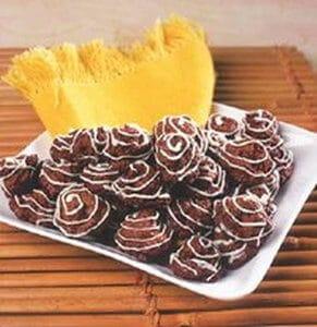 kue-cokelat-kelapa