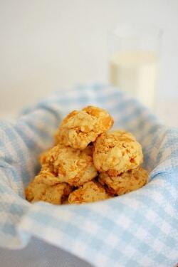 kue-kering-corn-flakes