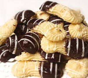 kue-sagu-cokelat