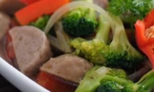 Cara Membuat Tumis Brokoli Bakso Sapi