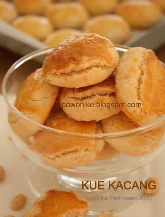 kue kacang / img: pawonike.blogspot.com