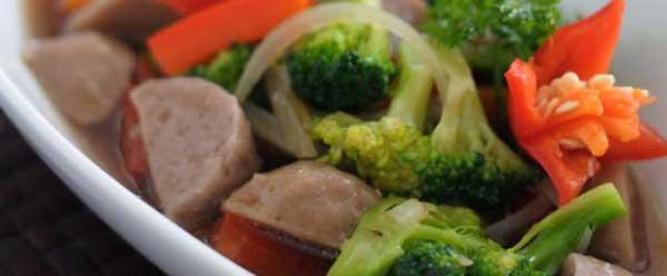 29-tumis-bakso-brokoli
