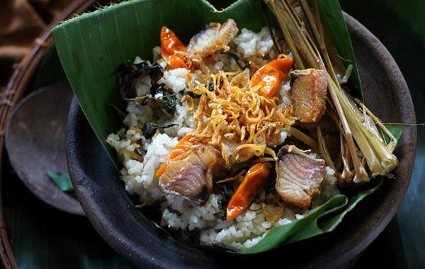 Cara Membuat Nasi Liwet Khas Sunda (Masak Magic Com)