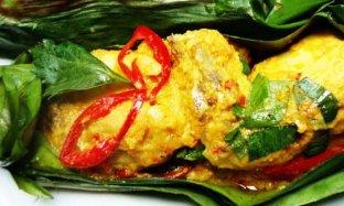 Resep Pepes Ayam Bumbu Kuning