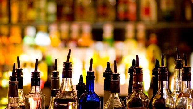 Alkohol - via frontroll.com
