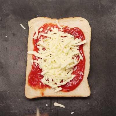 3-toastie-pizza