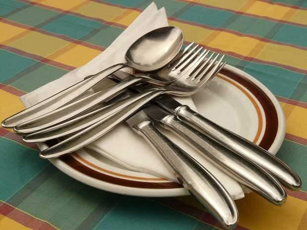 5-peralatan-makan