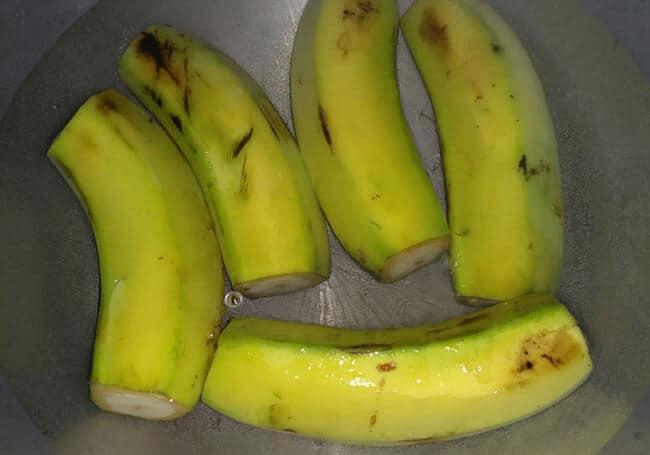 02-pisang-selimut-cokelat