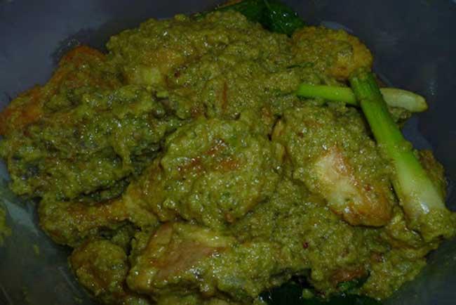 Resep Ayam Masak Hijau Khas Banjarmasin