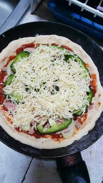 Pizza Teflon Tanpa Ulen