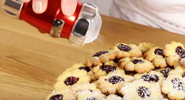 Homemade Strawberry Cookies